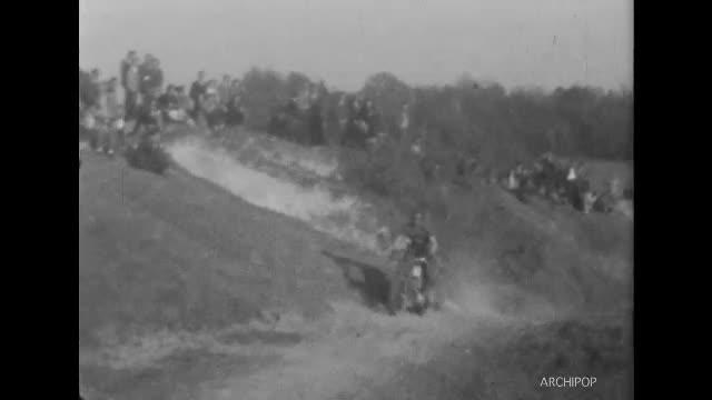 Moto-cross le 26 avril 1953 à Belleu