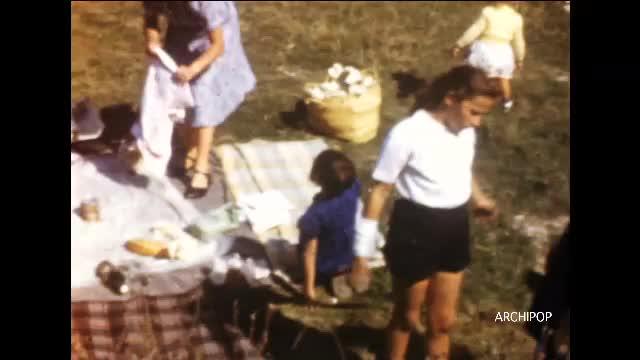 Divers enfants, Amiens hiver 1954