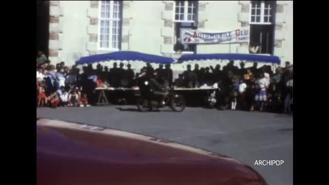 Journée rétromobile à Wissant, août 1976.