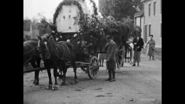 Bray-lès-Mareuil, chats et cochons, Procession ND à Bray, Abbeville Fée Roja, Fort-Mahon